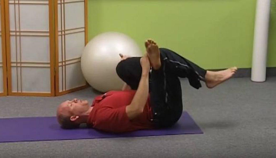 Les exercices physiques pour le renforcement du cou à osteokhondroze
